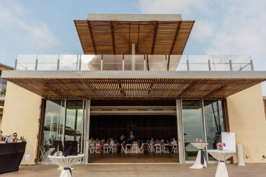 wedding coordination by magical moments by megan, outside venue scripps seaside forum, beach wedding venue, Cerritos Wedding Planner, San Diego Wedding Planner, Orange County Wedding Planner, Los Angeles Wedding Planner